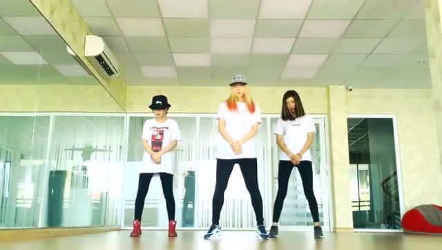 基础舞步视频时下最流行的曳步舞《seve》,女生版集锦