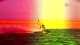 型男海上冲浪献绝技 720度翻转眼花缭乱