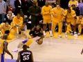 科比骑扣魔兽!NBA最具羞辱性残暴瞬间