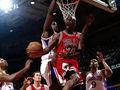 不可思议的动作!NBA十大逆天上篮