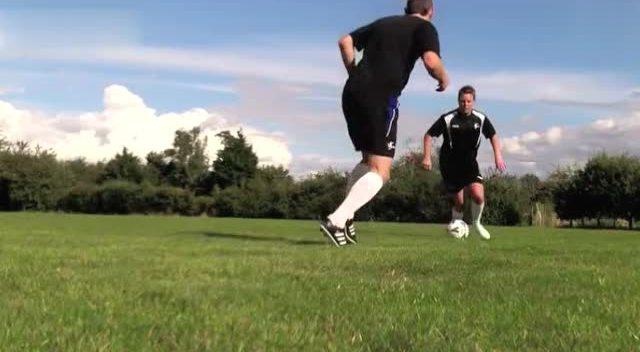 足球教学之内马尔足球过人技巧 - 腾讯视频