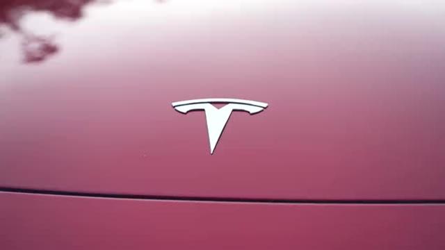 电动车超级粉丝!访谈特斯拉Model3首批车主