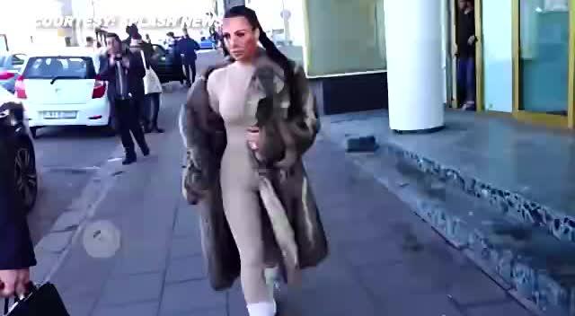 美臀骚货视频_世界级美臀 金·卡戴珊紧身衣秀 - 娱乐 - 3023视频