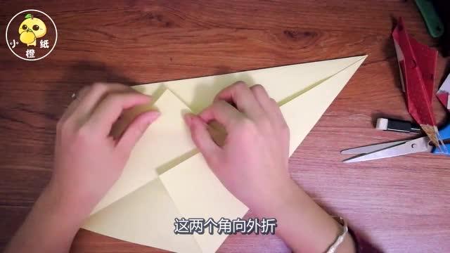 孩子被鲨鱼咬断肢体_一张折纸,教孩子折出霸气的鲨鱼,拿去幼儿园很受欢迎!