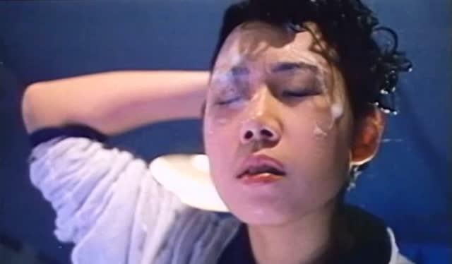 外国电影鬼片黄色片_林忆莲的鬼片,女子半夜洗头遭遇红衣女鬼,简直傻眼了!