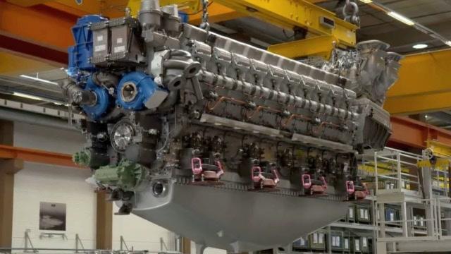 超大型柴油发动机的制造过程,科技的力量太强大了