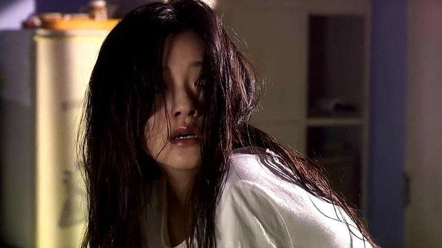 亚洲偷看影院_继父偷看女儿洗澡,母亲居然说是幻觉!
